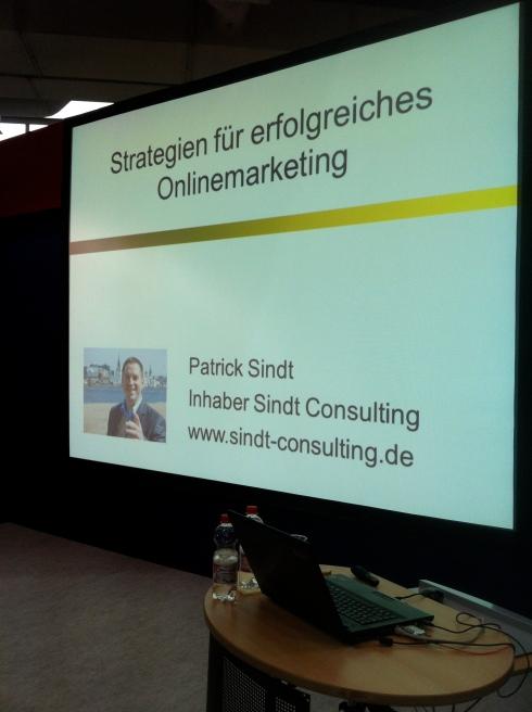 Startbildschirm unseres Vortrags zum Thema Onlinemarketing